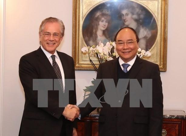 Premier vietnamita propone mayor cooperacion del Instituto suizo de Investigacion Malik hinh anh 1