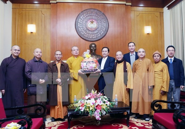 Sangha Budista de Vietnam contribuye al desarrollo nacional hinh anh 1