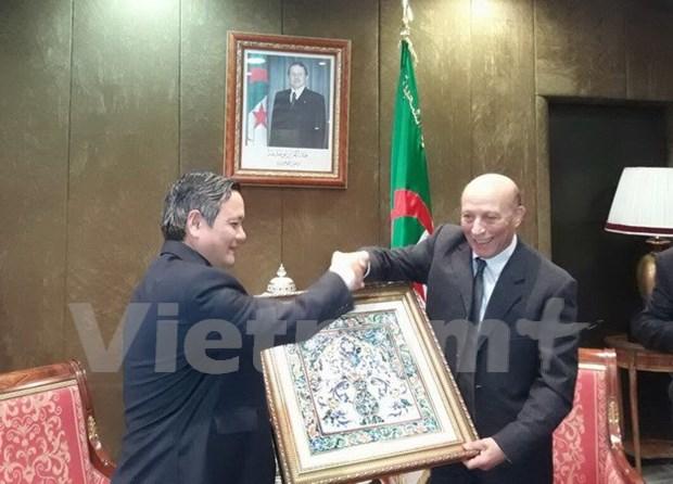 Presidente de Camara baja de Argelia espera fomentar lazos con Vietnam hinh anh 1