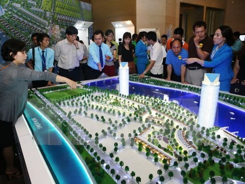 Mercado inmobiliario vietnamita mantiene crecimiento positivo hinh anh 1