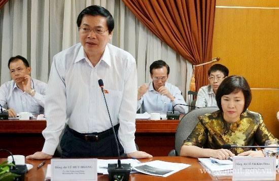 Parlamento de Vietnam emite resolucion de sancion disciplinaria contra Vu Huy Hoang hinh anh 1