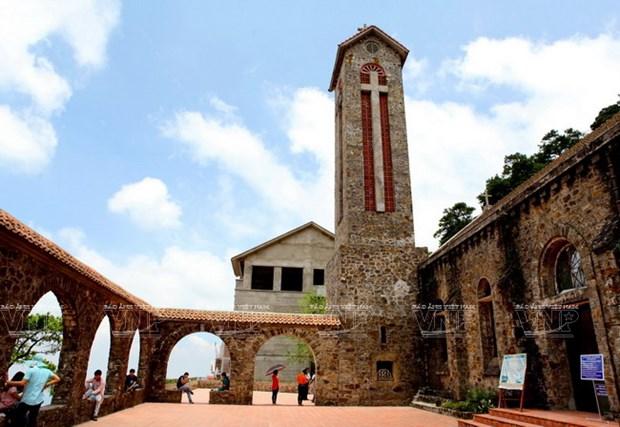 La iglesia de piedra de Tam Dao hinh anh 1