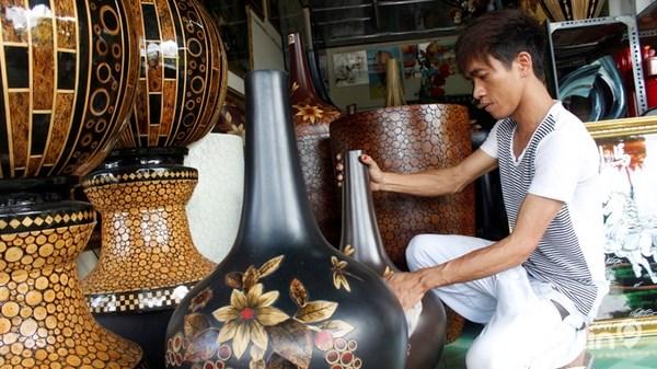 Productos de laca de la aldea de Tuong Binh Hiep hinh anh 1
