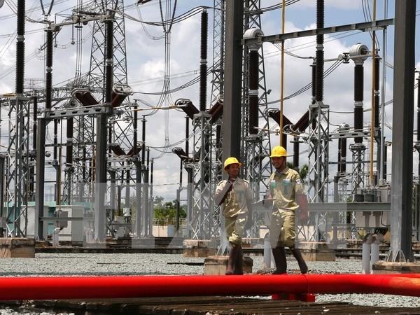Suministraran 8,7 mil millones de kWh a provincias centrales en 2017 hinh anh 1
