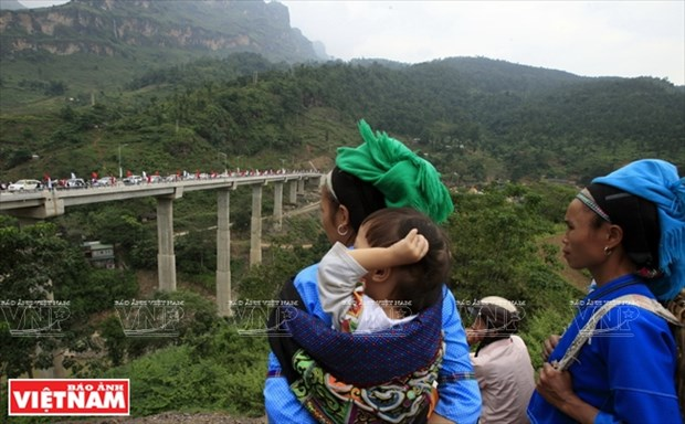 Cambio en la zona fronteriza remota de Xin Man hinh anh 1
