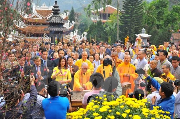 Celebraran en provincias vietnamitas festivales de pagodas hinh anh 1