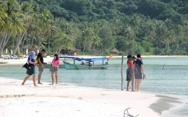 Turismo en isla Phu Quoc beneficiado por perfeccionamiento de infraestructuras hinh anh 1