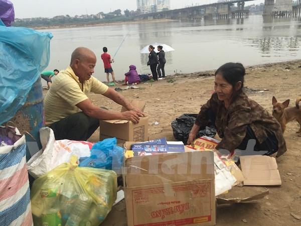 Hanoi se esfuerza para reducir la tasa de pobreza en 2017 hinh anh 1