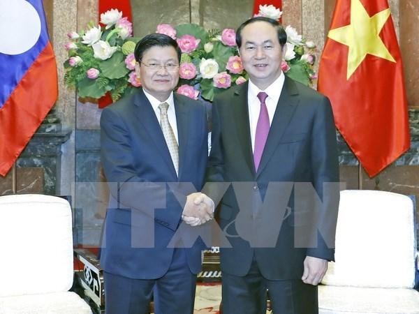 Presidente de Vietnam insta a aumentar conectividad con Laos hinh anh 1