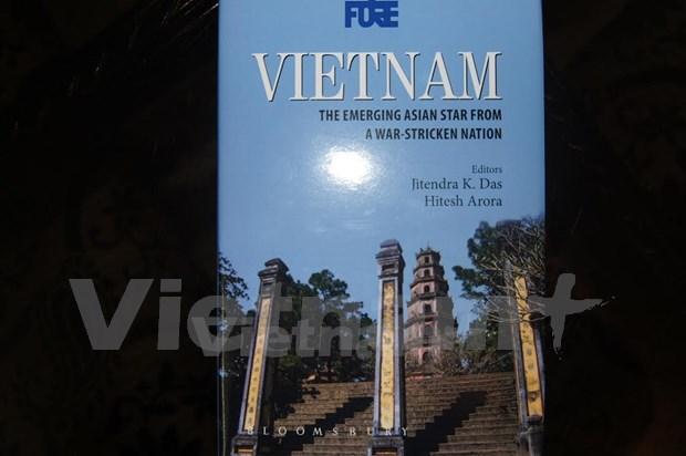 Publican en India el libro sobre avance economico de Vietnam hinh anh 1