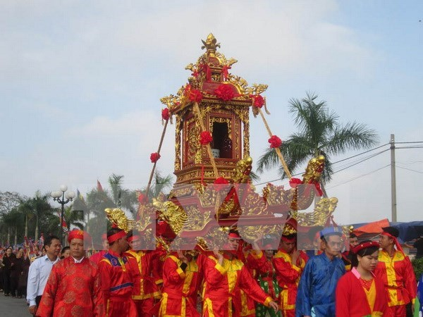 Inauguran en Hanoi festival dedicado a santo Tan Vien hinh anh 1