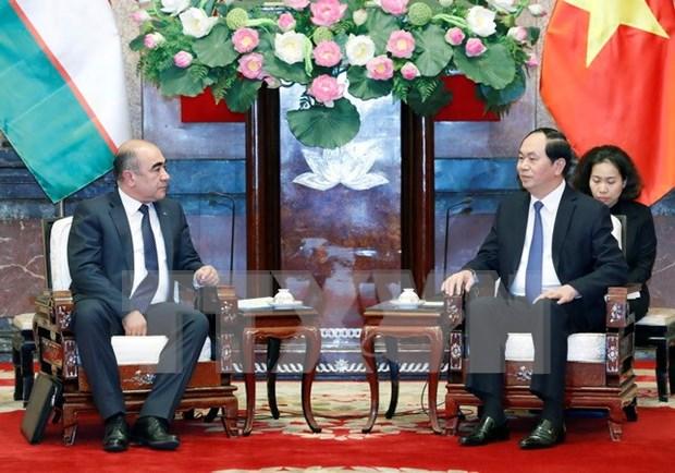 Presidente de Vietnam aboga por aumento de lazos economicos con Uzbekistan hinh anh 1