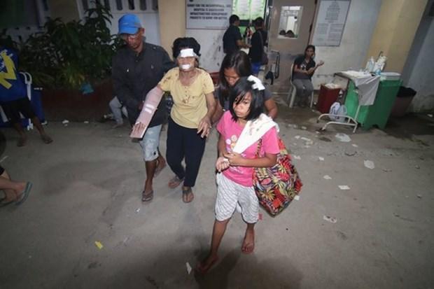 Terremoto deja cuatro muertos y centenar de heridos en Filipinas hinh anh 1