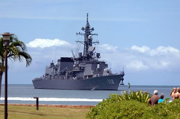 Naves de guerra de Japon visitan Camboya hinh anh 1