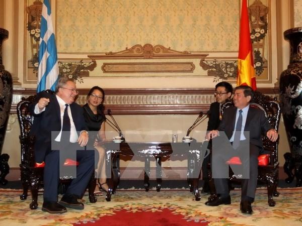 Ciudad Ho Chi Minh dispuesta a dar bienvenida a empresas grecias hinh anh 1