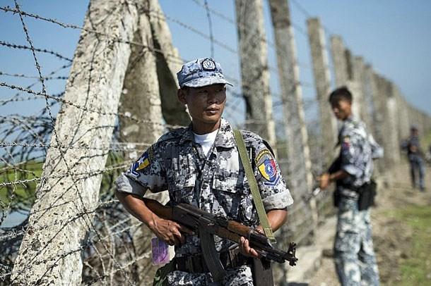 Myanmar reabre puerta fronteriza con Bangladesh hinh anh 1