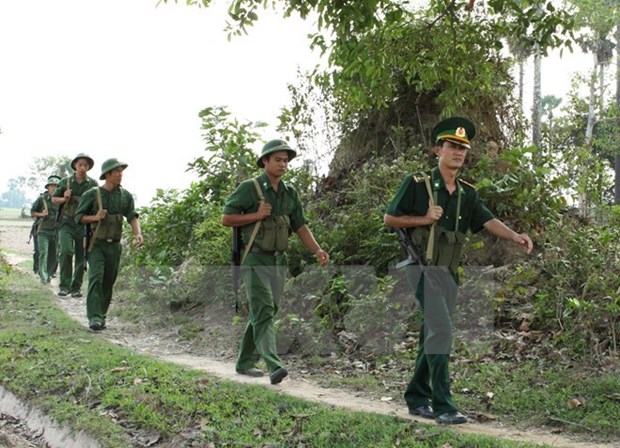 Refuerzan Vietnam y Laos cooperacion en seguridad fronteriza hinh anh 1