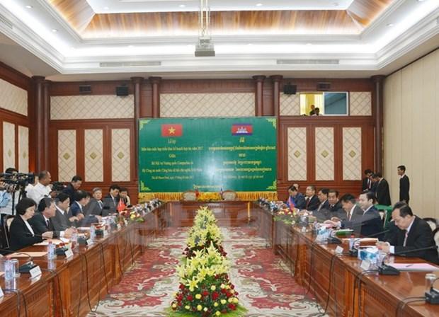 Vietnam y Camboya fortalecen colaboracion en seguridad publica hinh anh 1