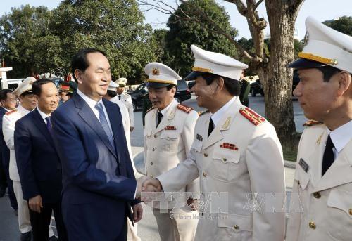 Presidente vietnamita pide a Thanh Hoa priorizar industrias clave hinh anh 1