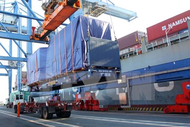 Puerto maritimo de Vietnam recibe gigante portacontenedor de clase Triple-E hinh anh 1