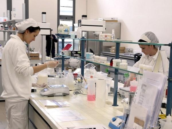 Empresa cosmetica de Italia planea aumentar inversiones en Vietnam hinh anh 1