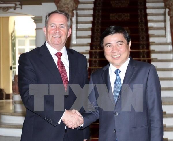 Ciudad Ho Chi Minh promete crear condiciones favorables a empresas britanicas hinh anh 1