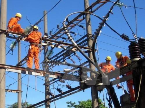 Continuan en Vietnam proyectos para llevar electricidad a comunidades islenas hinh anh 1