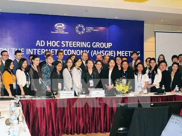 Reunion de altos funcionarios de APEC continua agenda con serie de eventos hinh anh 1