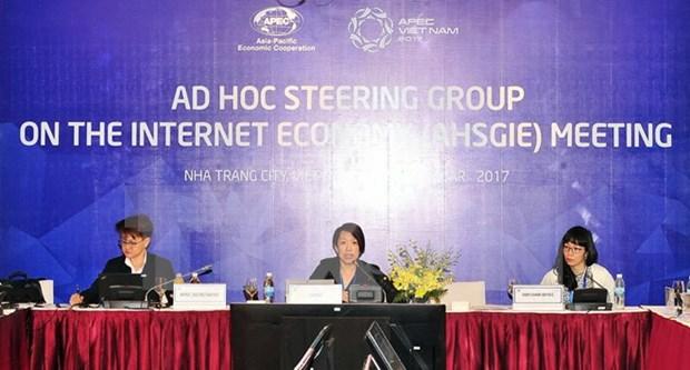 Reunion de altos funcionarios de APEC entra en onceno dia de debates hinh anh 1