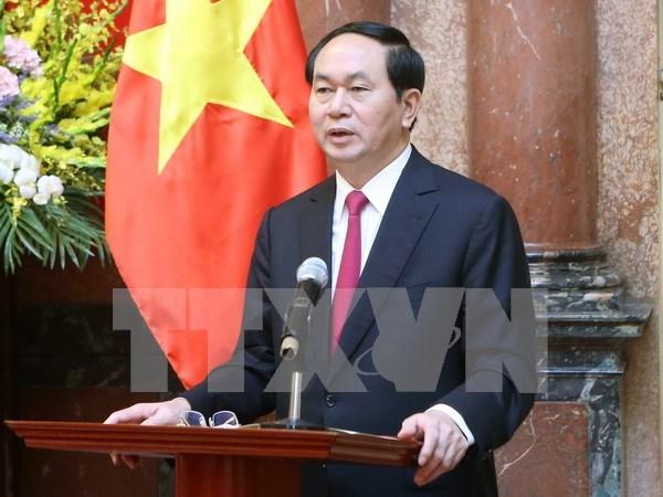 Presidente Dai Quang aspira a presentar cultura vietnamita a emperador japones hinh anh 1