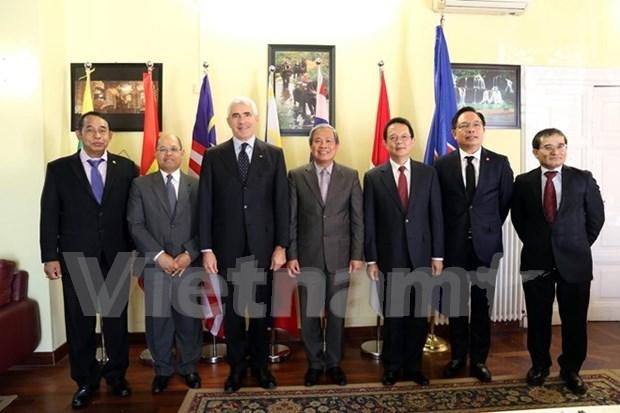 Italia desea impulsar cooperacion con ASEAN hinh anh 1