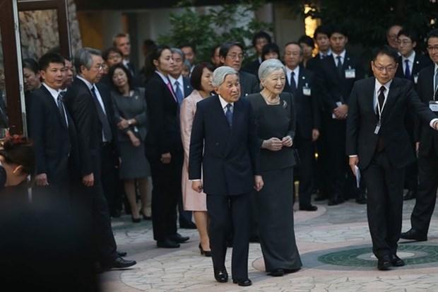 Emperador de Japon visita a voluntarios de JICA en Vietnam hinh anh 1