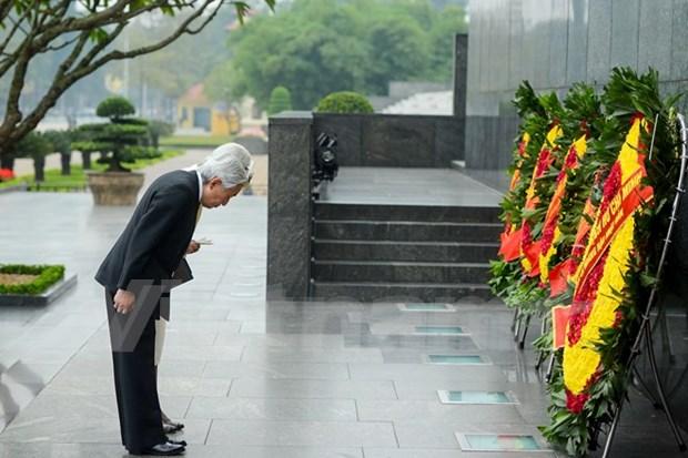 Presidente de Vietnam recibe a Emperador de Japon hinh anh 2