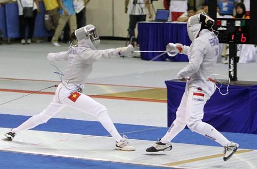 Atleta vietnamita gana bronce en Campeonato Junior de Esgrima de Asia hinh anh 1