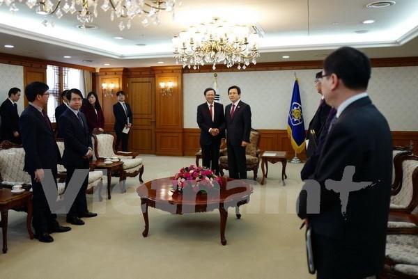 Dirigente sudocreano aprecia las relaciones con Vietnam hinh anh 1