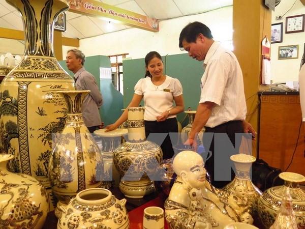 Exportaciones de productos artesanales de Vietnam suman 1,6 mil millones de USD hinh anh 1