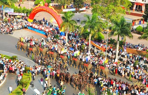 Presentaran cafe y cultura de gongs en festivales en provincia de Dak Lak hinh anh 1