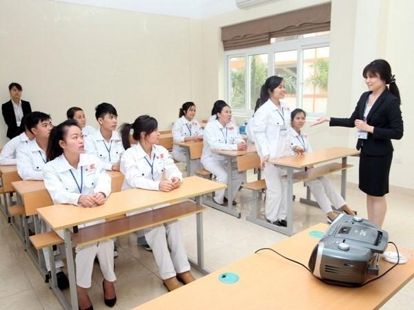 Vietnam busca mejorar la calidad de sus trabajadores en el extranjero hinh anh 1