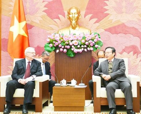 EE.UU. es uno de los principales socios comerciales de Vietnam, afirma subtitular parlamentario hinh anh 1