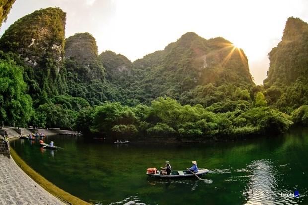 """Ninh Binh espera recibir mas turistas tras proyeccion de """"Kong: Skull Island"""" hinh anh 1"""