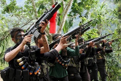 Gobierno filipino y rebeldes acuerdan reanudar conversaciones de paz hinh anh 1