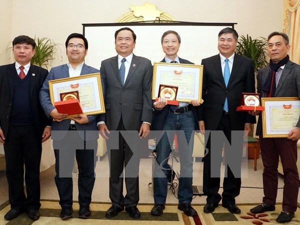 Reiteran apoyo a inversiones de vietnamitas radicados en ultramar hinh anh 1