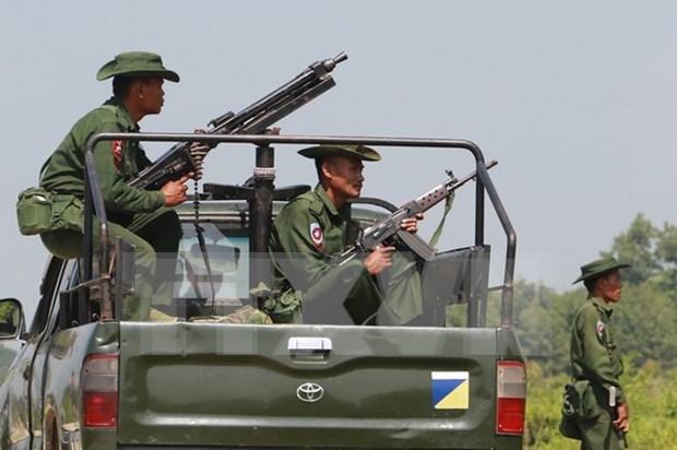 Myanmar: decenas de soldados muertos en conflictos contra grupo rebelde hinh anh 1