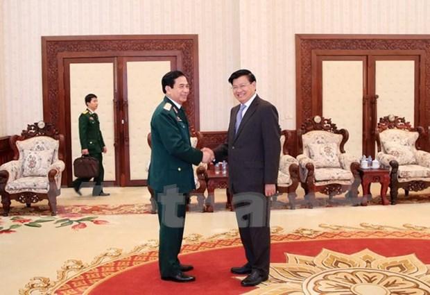 Fortalecen cooperacion Vietnam-Laos en defensa hinh anh 1