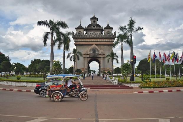Laos impulsara desarrollo de infraestructura de transporte hinh anh 1