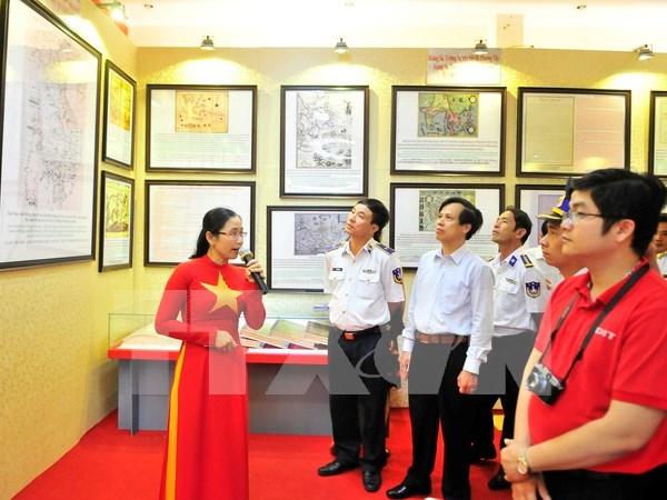 Efectuan exposicion sobre soberania de Vietnam en Hoang Sa y Truong Sa hinh anh 1