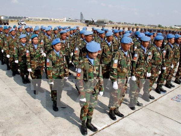 Vietnam concede prioridad a cooperacion militar con Camboya hinh anh 1