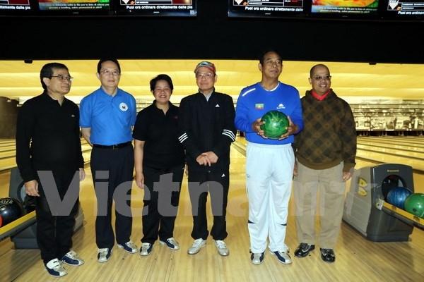 Efectuan en Italia intercambio deportivo entre misiones diplomaticas de ASEAN hinh anh 1