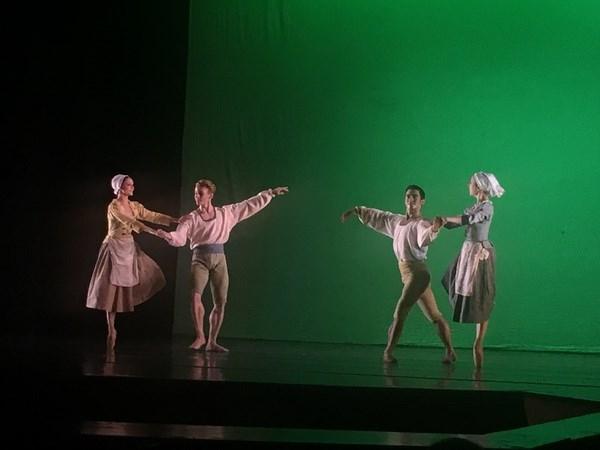 Presentaran en Ciudad Ho Chi Minh obras de danza neoclasica hinh anh 1