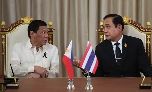Tailandia y Filipinas reiteran necesidad de paz y estabilidad en Mar del Este hinh anh 1